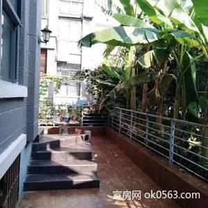 銀橋灣 1樓帶院子 ,采光好,全屋供暖,兩個陽臺 使用面積140多平,精裝